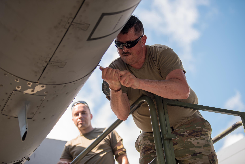 Kentucky Airmen sharpen maintenance skills in Puerto Rico